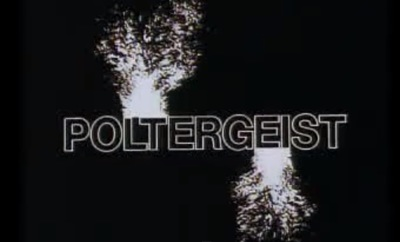 Poltergeist stars Craig T. Nelson, JoBeth Williams, Beatrice Straight, Dominique Dunne, Oliver Robins, Heather O'Rourke, Michael McManus, and Virginia Kiser.